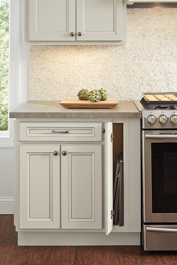 6 Inch Full Height Base Single Door Cabinet Homecrest