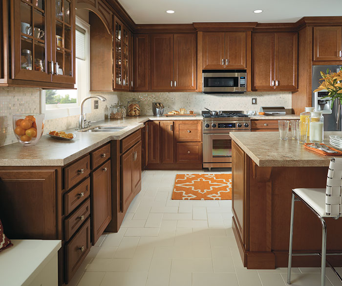 Superbe ... Traditional Kitchen With Cherry Cabinets By Homecrest Cabinetry ...