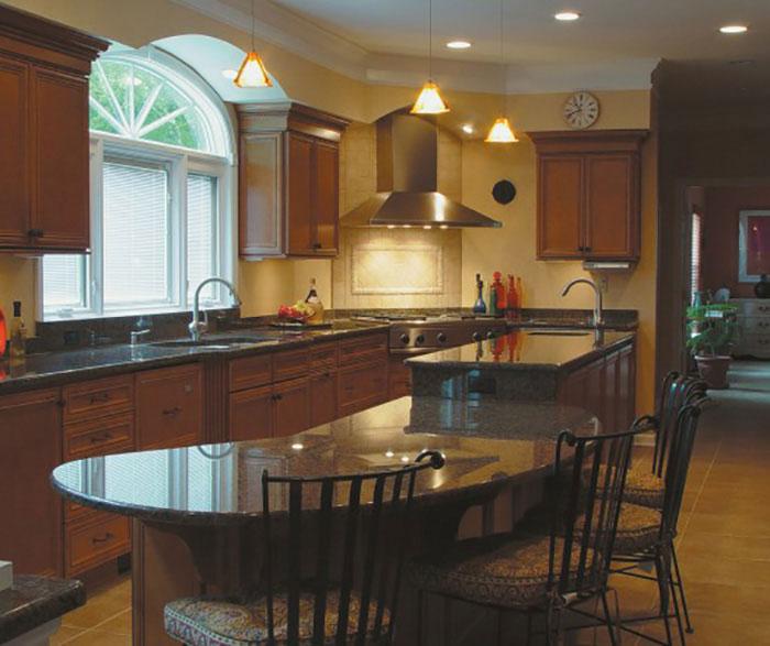 Glazed Maple Kitchen Cabinets: Toffee Cabinet Finish On Maple