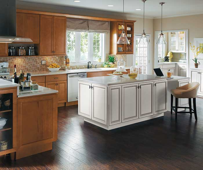 Amazing ... Warm Maple Wood Cabinets With A White Kitchen Island ...