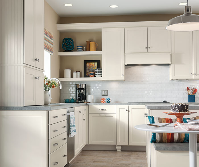 ... Sedona White Shaker Cabinets In A Casual Kitchen ...