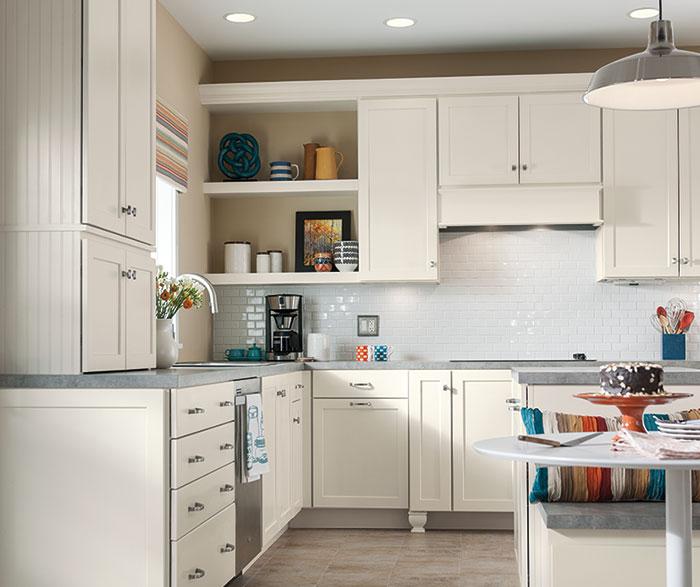 ... Sedona white Shaker cabinets in a casual kitchen ... & Sedona - Shaker Cabinet Doors - Homecrest Cabinetry kurilladesign.com