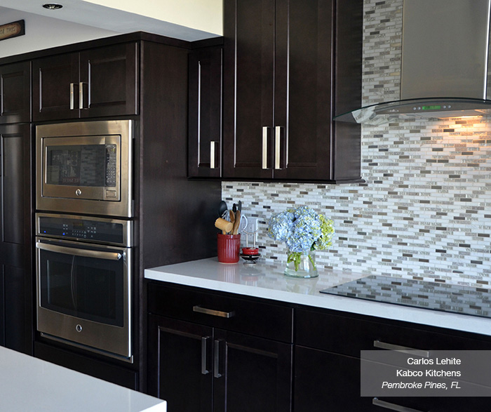 Verano Java cabinets in a casual kitchen
