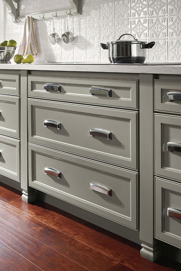 Kensington Cabinet Leg Homecrest Cabinetry