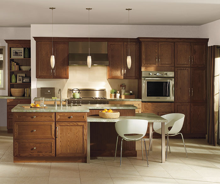natural_oak_cabinets_dark_kitchen_island
