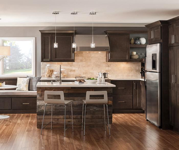 Verano dark Maple cabinets in a casual kitchen