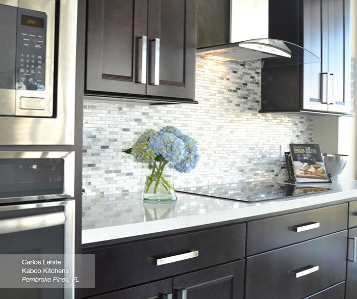 Verano Java cabinets in a casual kitchen